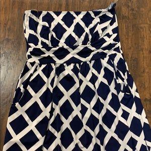 Loila Dresses - Strapless Maxi